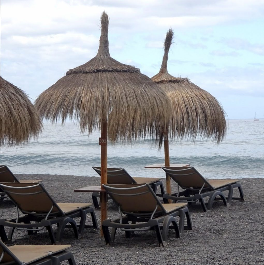 Playa La Enramada, een relaxed strandje in Costa Adeje