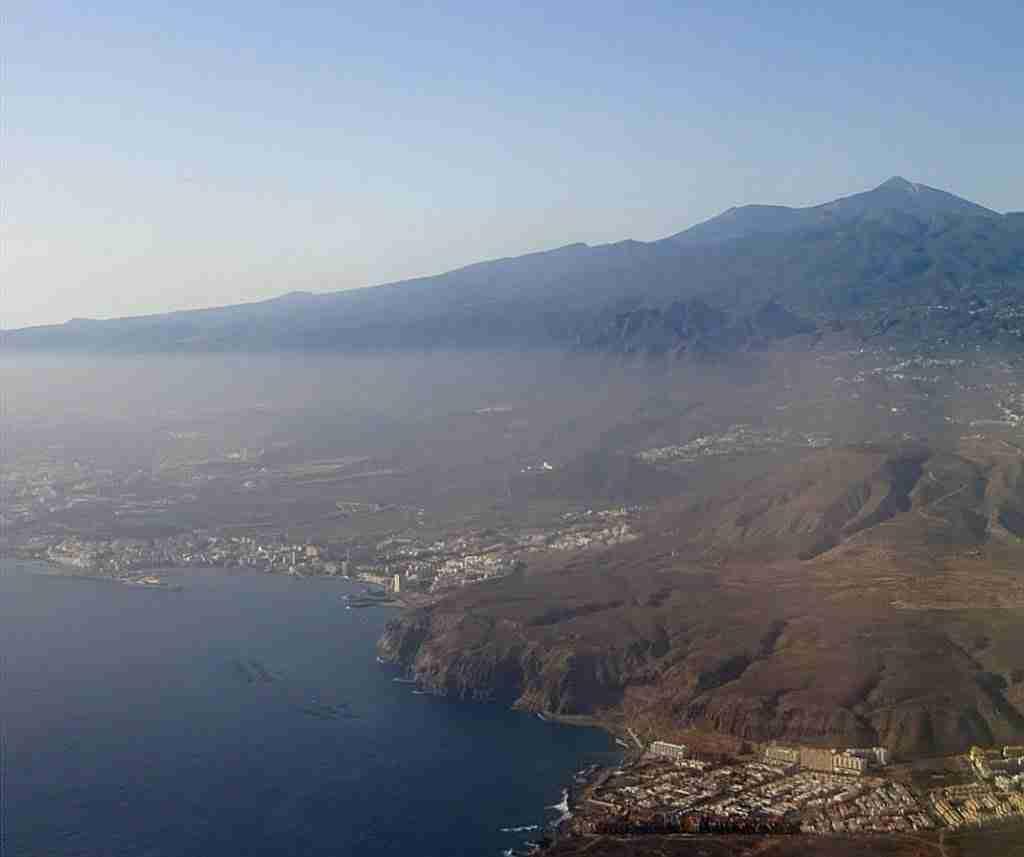 Tenerife gezien vanuit het vliegtuig
